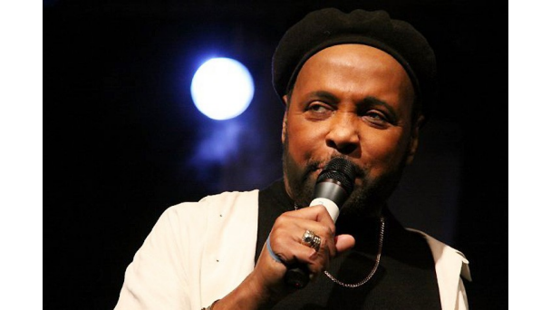 080212-shows-sunday-best-andrae-crouch[1]